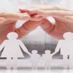 MUJER ANTE UN DIVORCIO PROTEGIENDO A LA FAMILIA